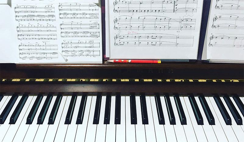 ピアノ(金山)